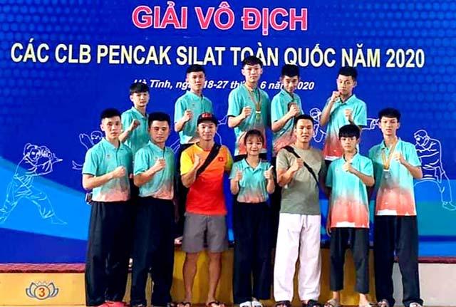 Đoàn vận động viên Pencak Silat Phú Thọ