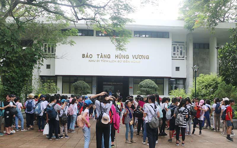 Bảo tàng Hùng Vương thuộc Khu Di tích lịch sử Đền Hùng