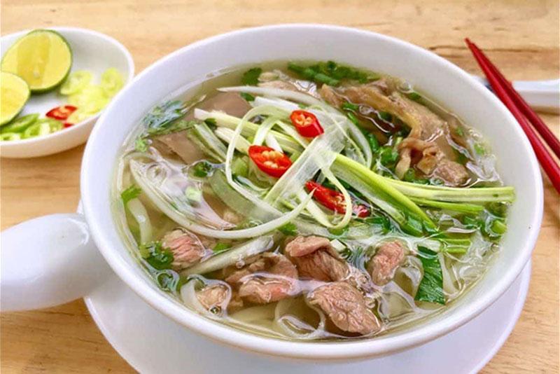 Quán phở bò Nam Định Dũng Dung