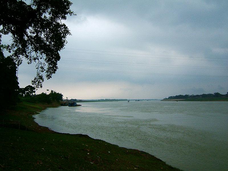 Tượng Đài Sông lô minh chứng cho lịch sử hào hùng của dân tộc
