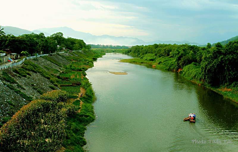 Sông Bứa đoạn chảy qua huyện Thanh Sơn, Phú Thọ